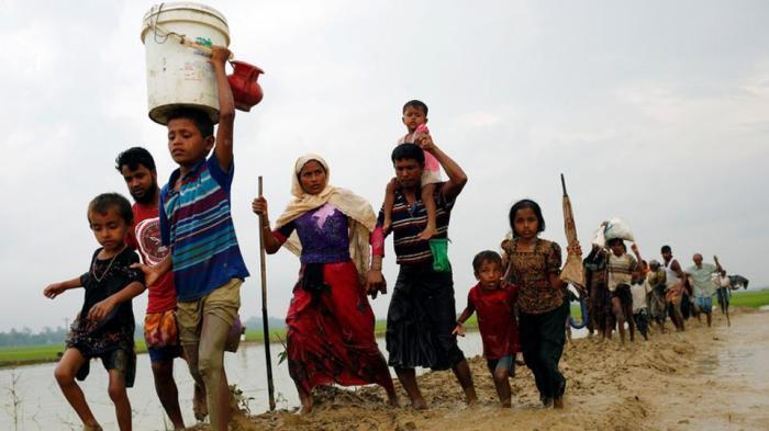 rohingya-refugees-bangladesh-border-crossing-teknaf-myanmar_b113bd10-9184-11e7-b219-301a51d93d0d