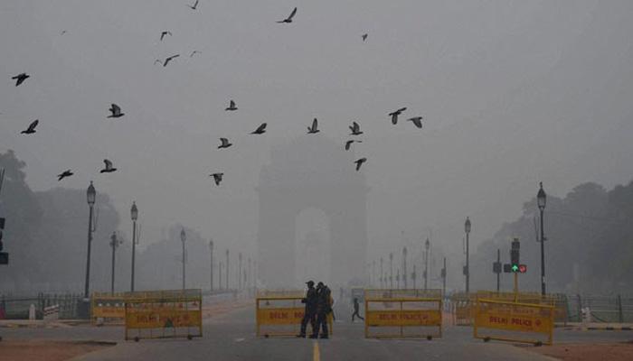 551143-fog-delhi