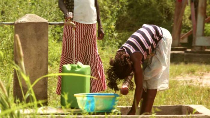 -garalo-tap-water-water-tank-water-tap