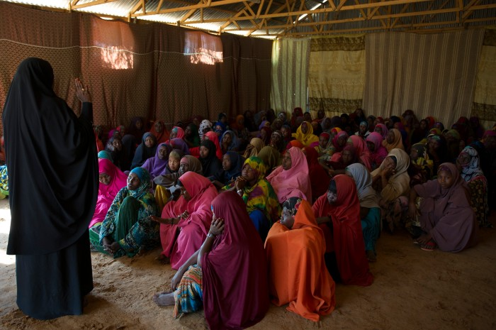 fgm-somalia-women-meeting_0.jpg
